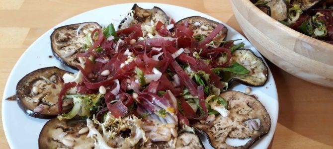 Salade d'aubergines & de viande de grison