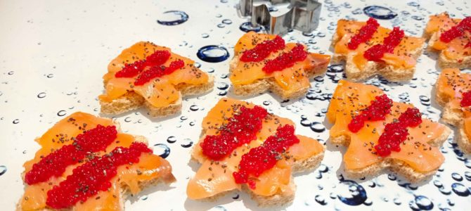 Toasts de mini sapins