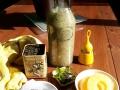 smoothie-thé-vert-glacé-à-lananas-aux-graines-de-chia-et-à-la-menthe-2
